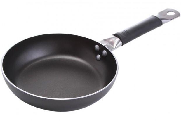 Тиган 22 cm Prof Chef Plus Тефлон 61831 FEST